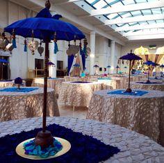 arabian theme, turkish theme decor , umbrella table centerpieces, blue umbrella centerpiece , textured table cloth , mehendi decor , offbeat centerpieces , sangeet centerpieces