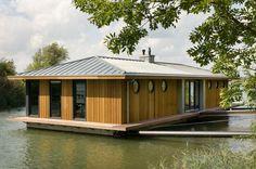 """""""Down by the river side"""" maison avec flotteur non habitable /surface totale 119 m2"""