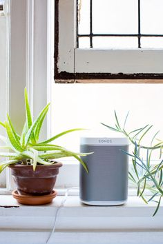 """I recently got these new speakers- Sonos PLAY: 1 and they have changed the way I listen to music and create at home."""