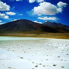 The #AtacamaDesert is located in a high altitude zone so you can only do certain #tours after you have acclimatised for at least two days. Stay for 5 days to get the most our of your #desert experience. #TTOT More on #highaltitude travel in #SouthAmerica