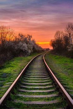 Existem caminhos que nos conduzem a lugares maravilhosos, inesquecíveis…