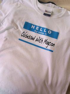 Playera 100% algodón adulto personalizada y estampada en vinil textil Hello my name is…