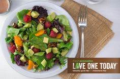 Add 3g more #goodfat & 3g more fiber when you make over your Raspberry Salad with fresh avocados.