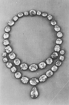 Diamonds - collier around 1740 (Germany)