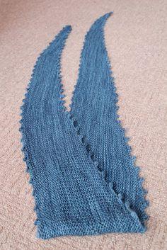 Knit night Crochet Top, Night, Sewing, Knitting, Blog, Women, Fashion, Moda, Dressmaking