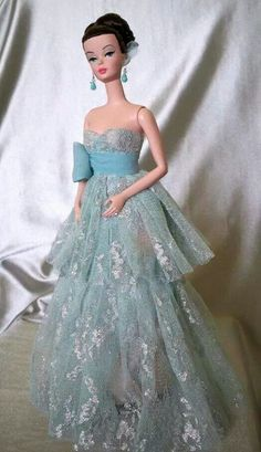 Barbie wears Matthew Sutton design:This dress is beautiful(and BLUE!)