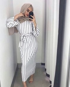 Plus size Muslim Adult sriped fashion Robe Musulmane Turkish Dubai Abaya Muslim Robe Arab Worship Service abaya wholesale - Muslim Shops - High Quality Islamic Clothing Hijab Outfit, Hijab Dress, Dress Skirt, Wrap Dress, Islamic Fashion, Muslim Fashion, Modest Fashion, Abaya Fashion, Hijab Fashion Style