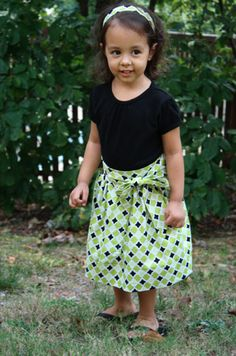 Adorable skirt tutorial that could have the measurements adjusted to adult size.