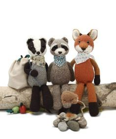 Knitting patterns for raccoon, badger, fox Backyard Bandits and more wild animals knitting patterns
