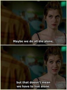 Có lẽ chúng ta đều phải chết một mình, nhưng điều đó không có nghĩa chúng ta phải sống đơn độc. #Kara Red Band Society