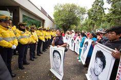 #EuroCaravana43porAyotzinapa, Berlín: las armas alemanas que se usan en México asesinan personas