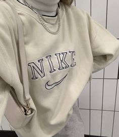 cute and comfy outfits Aesthetic Fashion, Aesthetic Clothes, Look Fashion, Teen Fashion, Fashion Outfits, Urban Aesthetic, Fashion Ideas, Winter Fashion, Nike Fashion