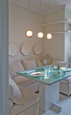 If you think of an elegant dinner table, you will think immediately of a impressive solid wood table and some elegant chairs which will make of your dinner