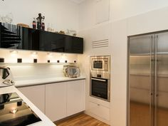 Las Palmas De Gran Canaria villa for sale € Kitchen Office, Living Room Kitchen, Large Bathrooms, Canario, Large Bedroom, Find Property, Living Area, Villa, Home