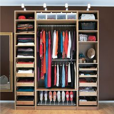 Wardrobe shelving ideas. Compact shoe rack.