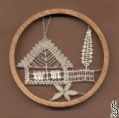 No. 10265 Dark / light frame without glass, diameter 9 cm. Price: € 11 ............................ Protected by copyright!