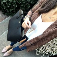 IG @mrscasual <click through to shop this outfit> Perfect Little Cardi tory burch perry tote nude flats