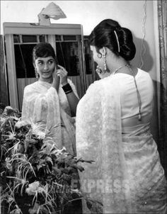 Sadhana: Unseen pictures of Bollywood's timeless beauty from Express archives Indian Film Actress, Old Actress, Indian Actresses, Actors & Actresses, Bollywood Stars, Bollywood Fashion, Bollywood Actress, Indian Bollywood, Film Man