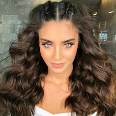 hairstyles lines hairstyles with afro puff hairstyles you can do at home hairstyles curly hair hairstyles singles hairstyles up in a bun hairstyles half up half down to braid hairstyles step by step Down Hairstyles, Pretty Hairstyles, Braided Hairstyles, Hairstyles 2018, Braided Updo, Curly Hair Styles, Natural Hair Styles, Hair Pictures, Long Hair Styles