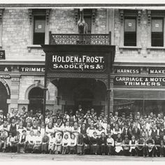 Holden Company started in & Henry Frost joined him in 1885 - it was a leather and saddlery business. This is a picture on the employees assembled in front of the business, in Grenfell St., in the CBD of Adelaide, South Australia. Car Pictures, Car Pics, Shop Fronts, Thats The Way, Back In Time, South Australia, Vintage Photography, Old Photos, Vintage Shops