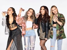 They are the two sexy singletons of girlband Little Mix. But Perrie Edwards, 23 and Leigh-Anne Pinnock, have revealed what they are looking for most in a future man - confidence. Jesy Nelson, Little Mix Outfits, Little Mix Style, Little Mix Photoshoot, My Girl, Cool Girl, Perrie Edwards Style, Litte Mix, Norma Jeane