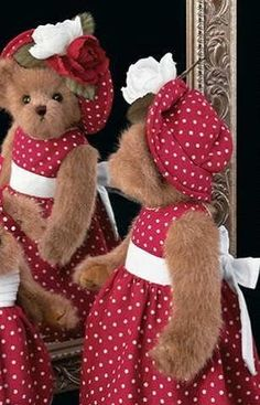 "Jackie Bear - 14"" - Retired 2007 by Bearington Bears, http://www.amazon.com/dp/B000MM2D74/ref=cm_sw_r_pi_dp_aYnsrb1NSAAHD"