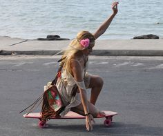 Long board!! if someone could teach this to me too that would be amazing! thx.