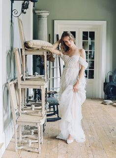 An Exclusive First Look at Bella Belle Shoes' 2018 Collection (+ a Giveaway You NEED to Enter) Photography by: Laura Gordon Photography Pink Wedding Dresses, Wedding Bridesmaids, Wedding Gowns, Bridesmaid Dresses, Wedding Venues Toronto, Inexpensive Wedding Venues, Spring Wedding, Luxury Wedding, Wedding Bells