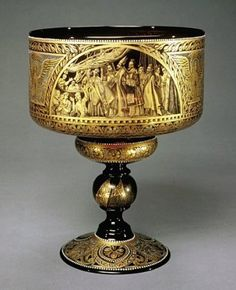 Chalice by Compagnia di Venezia e Murano, 1800-1999.  | Corning Museum of Glass #gold #goldleaf Gold Glass, Glass Art, Objets Antiques, Viking Glass, Corning Museum Of Glass, Altar, Gold Art, Objet D'art, Sacred Art