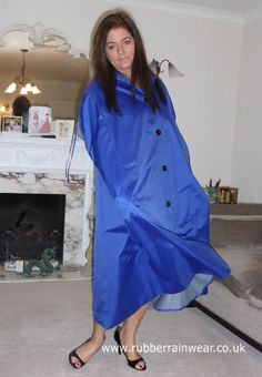 Lovely Hayley in her flowing satin cape. Rain Cape, Latex Costumes, Rubber Raincoats, Cloaks, Macs, Raincoats For Women, Rain Wear, Women Wear, Satin