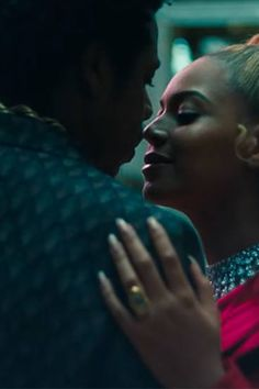 The Official Shop of Beyoncé. Beyonce And Jay Z, Beyonce Album, Trinidad James, Cute Couple Pictures, Beyonce Knowles, Cute Celebrities, Tom Cruise, Strike A Pose, Black Love