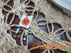Halloween pumpkin friendship bracelet pattern number #7706 - For more patterns and tutorials visit our web or the app!