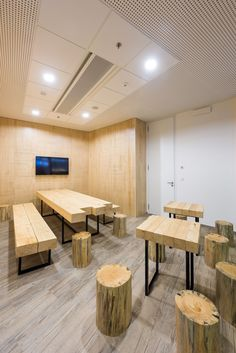 dbcloud office meeting room. BlueLink Office | Monom - Kitchen A Dining Room Interior, Wooden Design Dbcloud Meeting