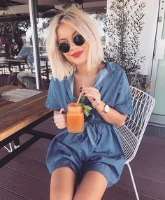 """10.4 k mentions J'aime, 55 commentaires - Laura Jade Stone (@laurajadestone) sur Instagram : """"Wednesday juice dates 
