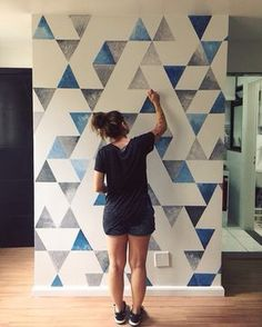 99 Trendy Diy Wall Art Ideas is part of Diy wall painting - As the seasons change, most people get the itch to redecorate or change up their home Whether your home or […] Diy Wand, Diy Living Room Paint, Wallpaper Wall, Room Wall Painting, Diy Painting, Apartment Painting, Mural Painting, Painting Wall Designs, Room Paint Designs