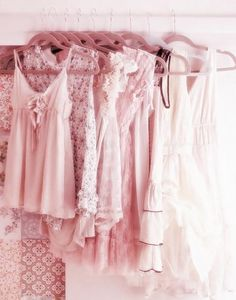 shabby chic dressing, A MUST Have for any feminine woman, lots of pieces you can pull from to dress up or down with, that adds that flirty style when you just need to feel pretty Look Fashion, Fashion Outfits, High Fashion, Womens Fashion, Pastel Fashion, Indie Fashion, Dress Fashion, Asian Fashion, Fashion Deals