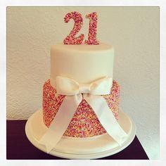 1000+ ideas about 21st Birthday Cakes on Pinterest | Birthday ...