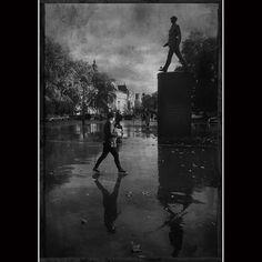Sculture de Charles de Gaulle à Paris. Grand Palais Gaulle, Grand Palais, Paris, Concert, Trainers, Living Room, Photography, Montmartre Paris, Paris France