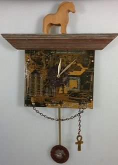 This clock is made from a recycled computer motherboard electronic card, wood frame, chain and rusty metals. Submitted by: Cheryl … Electronic Save The Date, Electronic Cards, Electronic Invitations, Electronic Recycling, Diy Recycle, Reuse, Washi Tape Cards, Rusty Metal, Fancy Fold Cards