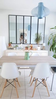 Home sweet home: ma salle à manger - Woody beauty - esszimmer Sweet Home, Dinner Tables Furniture, Table Measurements, Modern Art Styles, Modern Mountain Home, Internal Design, Dinner Room, Mid Century Dining, Wooden Dining Tables