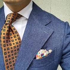 Not everyone can pull this off Gents Fashion, Suit Fashion, Fashion Outfits, Dapper Gentleman, Gentleman Style, Mens Suit Accessories, Suit Combinations, Elegant Man, Wedding Suits
