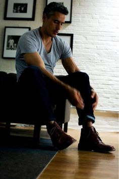 Best guy outfit- ever! Grey heather vee, great fitting dark wash jeans, nice oxford shoe; i know someone who would rock this