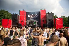 Layher (red / black) @ Electronic Picnic 2014