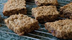 <p>These vegan peanut butter bars are packed with flavor and nutrition. There are so many nutrition bars brands out there, many of which boast pure, organic ingredients and a glowing nutritional profile. Even so, nothing beats the potential of what you make in the comfort of your own kitchen. You not […]</p>