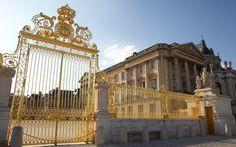 Particule Deluxe a relayé cette information en janvier dernier, les derniers trésors des rois de France seront dispersésaux enchères par Sotheby's le 29 septembre prochain à Paris.La maison de France va vendre les biens qui lui ont été rendus par la justice le 19 septembre 2013. En effet, le conflitfamilial..