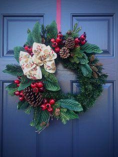 Guirnalda de hoja perenne, coronas de Navidad, coronas de hoja perenne, coronas de puerta de invierno, piña corona, Berry guirnaldas, guirnaldas de Berry de invierno de invierno