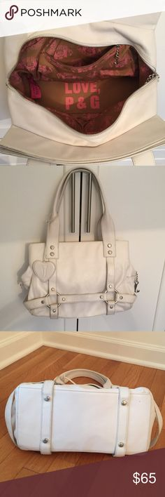 Juicy Couture Leather Handbag Sturdy, well crafted Juicy handbag, all leather. Great preloved condition. Silver zipper and accents. Juicy Couture Bags Satchels