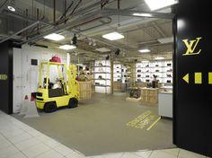 Louis-Vuitton Underground store - Tokyo