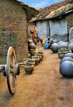 A pottery village in West Bengal. For more travel inspiration, visit www. - A pottery village in West Bengal. For more travel inspiration, visit www. Photo Background Images, Photo Backgrounds, Foto Picture, Village Photography, Nature Photography, Rural India, Indian Village, Amazing India, West Bengal