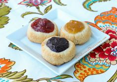 Jam-Filled+Thumbprint+Cookies+(gluten,+dairy,+nut,+egg+free,+autoimmune+paleo)+//+deliciousobsessions.com